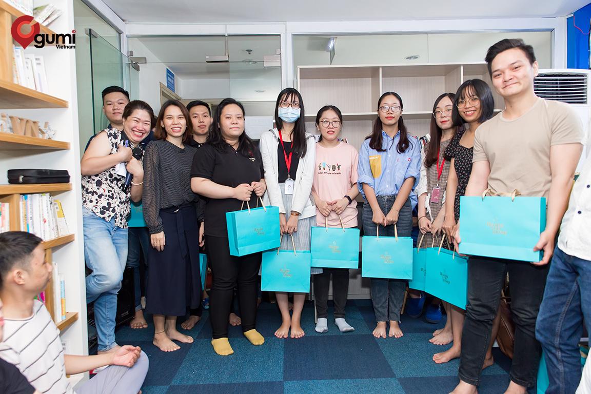 Chúc mừng các thực tập sinh kết thúc kì thực tập, trở thành nhân viên chính thức tại gumi Vietnam.